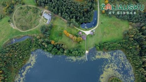 Išskirtinė sodyba 14.6 Ha su ežero pakrante Kelmės r.